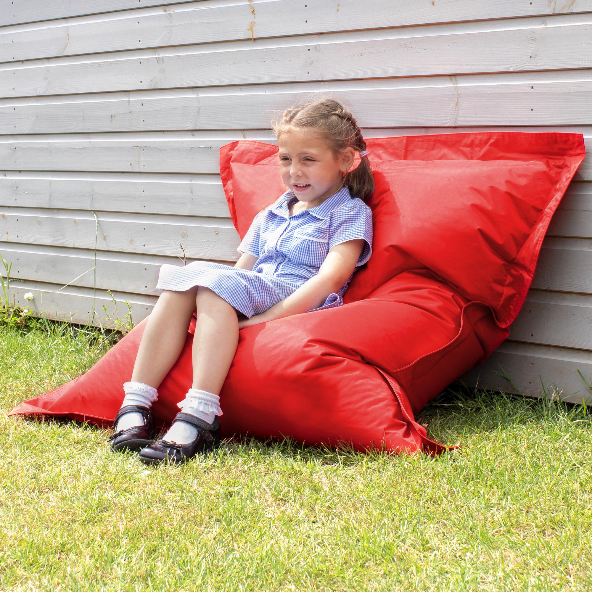 Eden-Childrens-Giant-Cushion-red-LF-300dpi-1