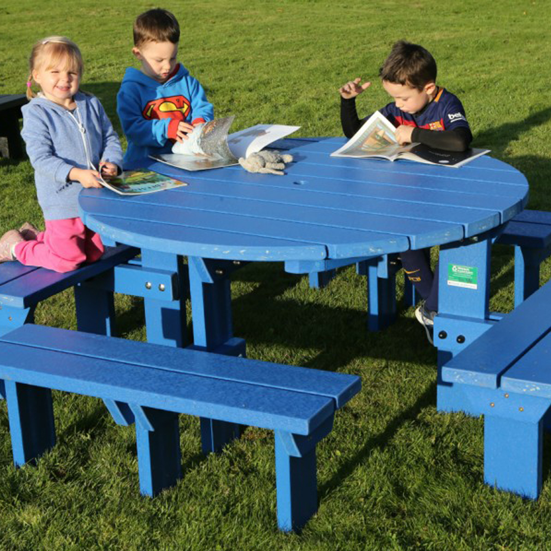 Junior Olympic Round Picnic Table Bench Weatherproof Recycled - Recycled plastic round picnic table